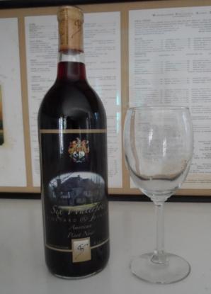 Six Waterpots Pinot Noir (575x800)