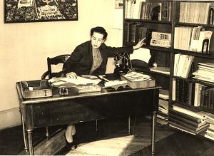 Dorothy Reeder - Director - American Library Paris